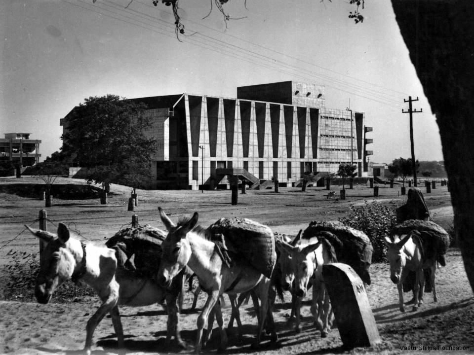 Tagore Memorial Hall, Ahmedabad, 1971
